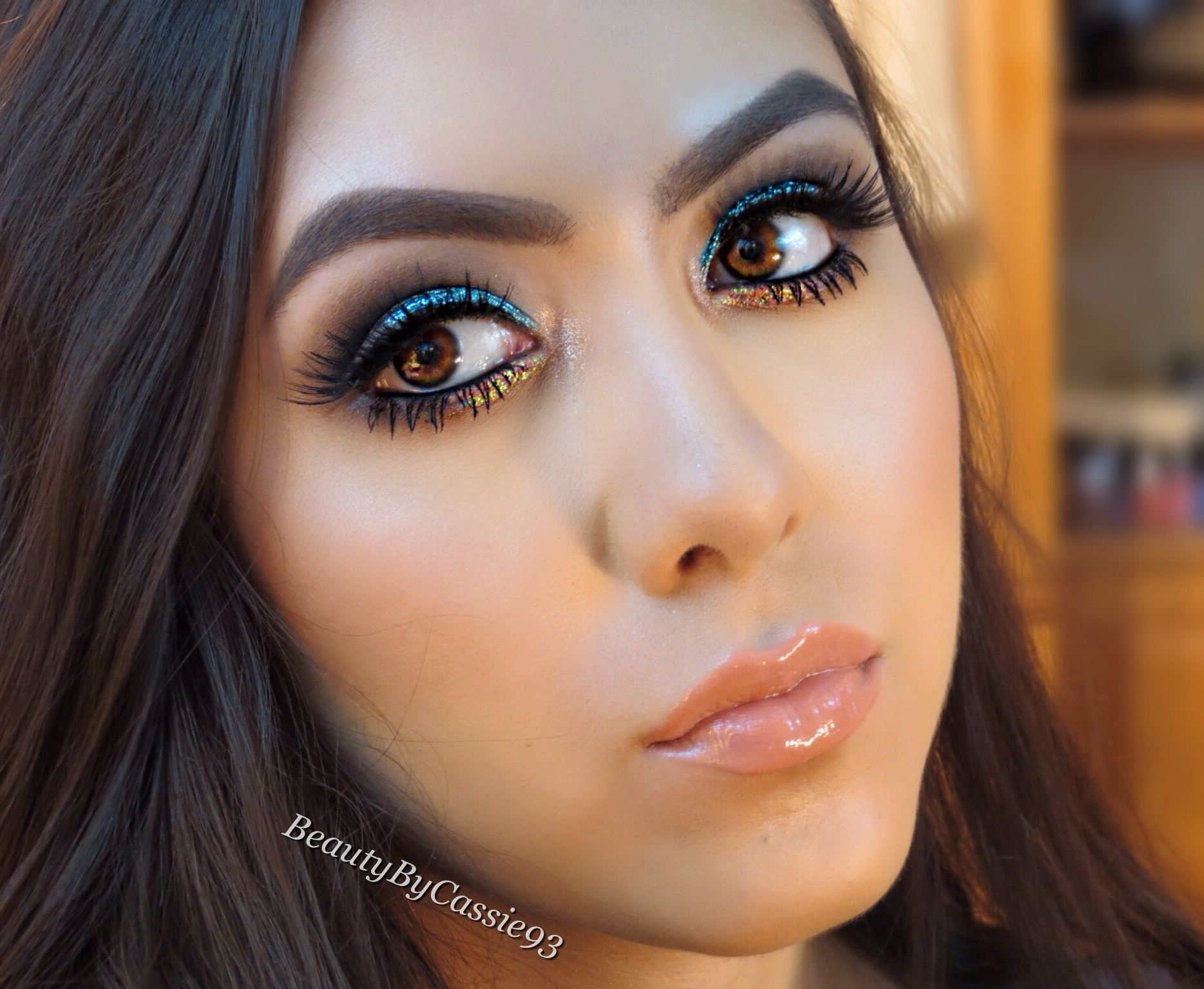 Makeup tutorial beauty by cassie going to a party or out on the town and want to be the center of attention check out this makeup look i created combining a bright aqua blue glitter and a baditri Gallery